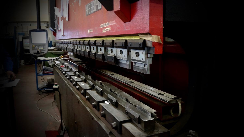 ri.da srl - lavorazione inox, taglio laser, punzonatura, piegatura e saldatura